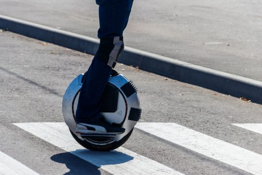 6 Best Self Balancing Unicycle Electric Scooters