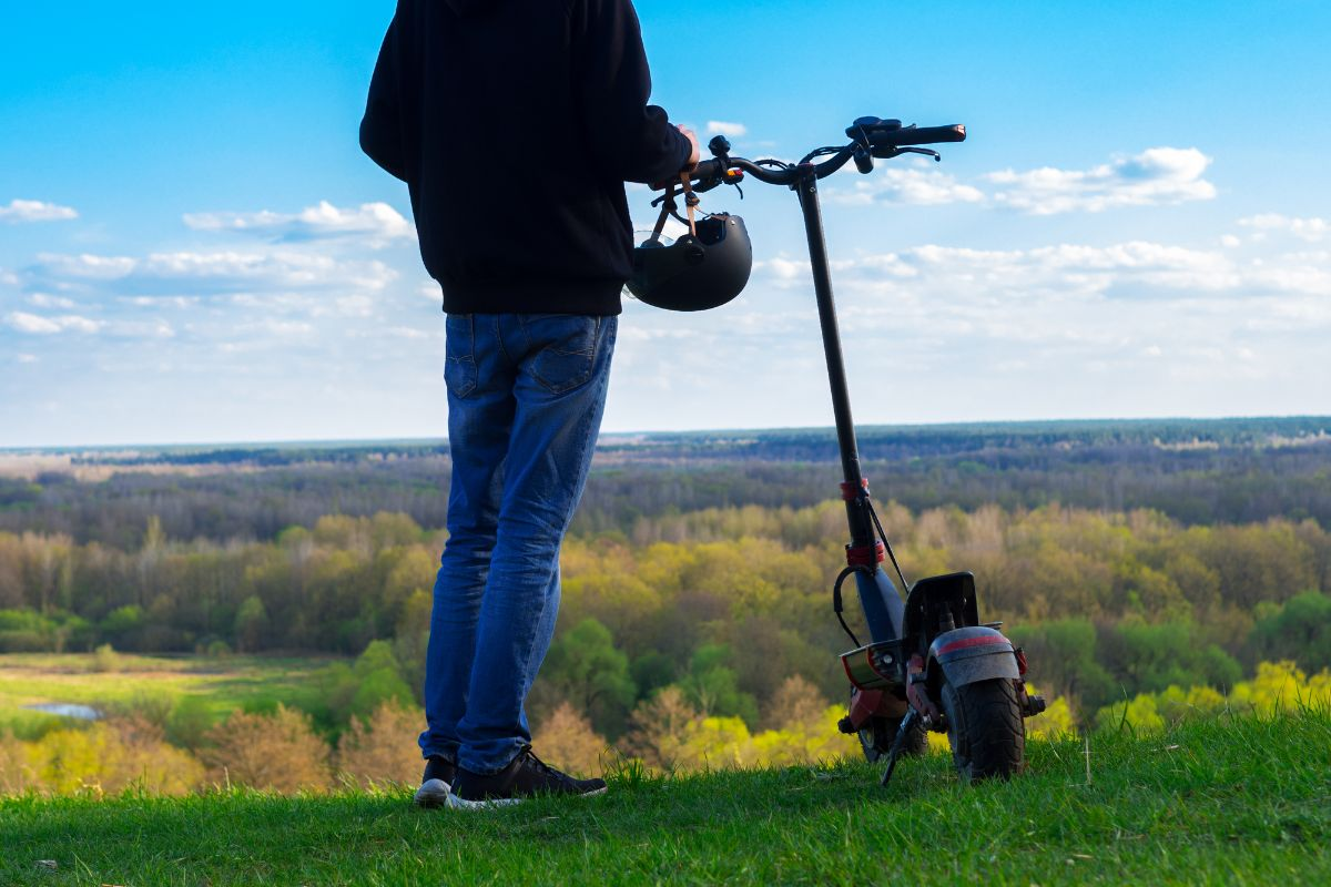 Best Electric Scooters for Climbing Hills Review 2021