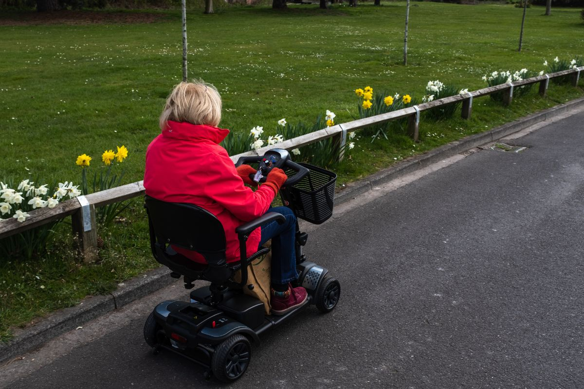 Best Foldable Electric Scooter For The Elderly