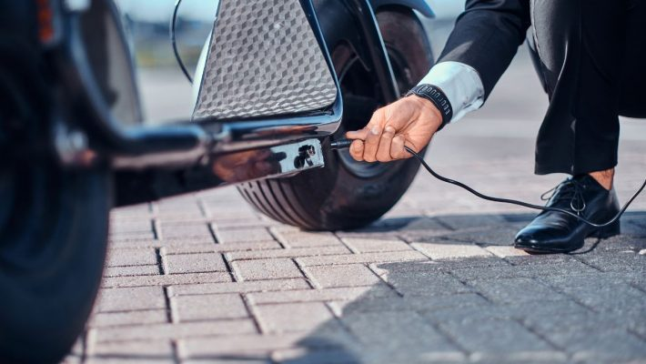 How To Charge A Razor Electric Scooter