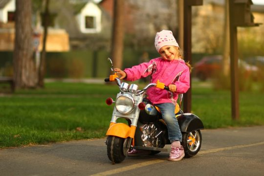 Best Electric Scooter With Training Wheels