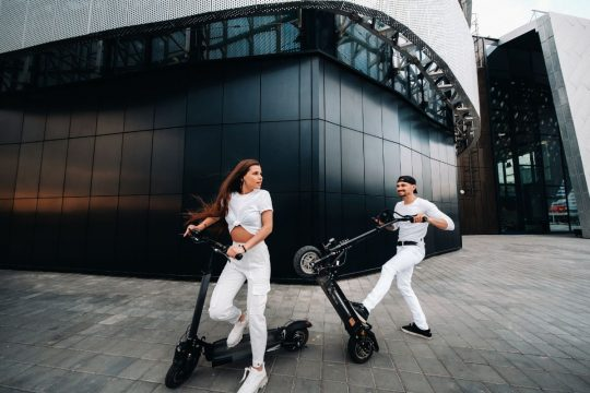 Electric Scooter That Turns Into Bike