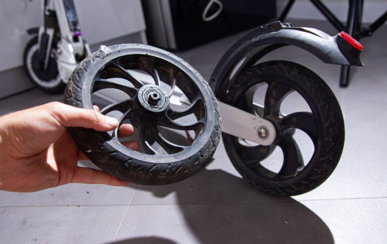 How To Get A Replacement Tire For Razor Electric Scooters?