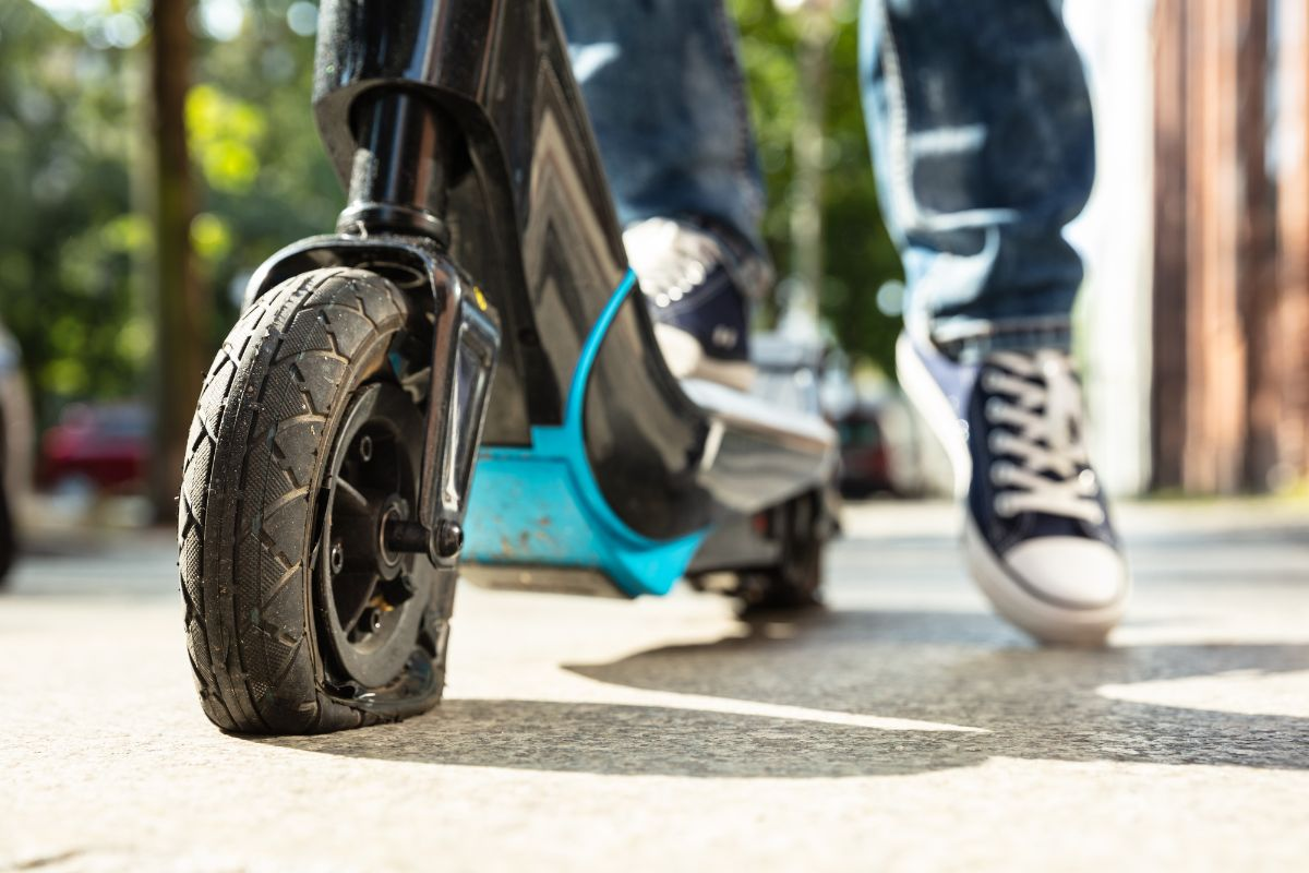 flat tire electric scooter
